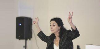 חנה אזולאי הספרי הרצאה בנכס נשים בעסקים, גולדה